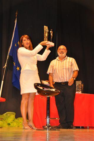Silvia Mattioli premiata da Emilio Berionni