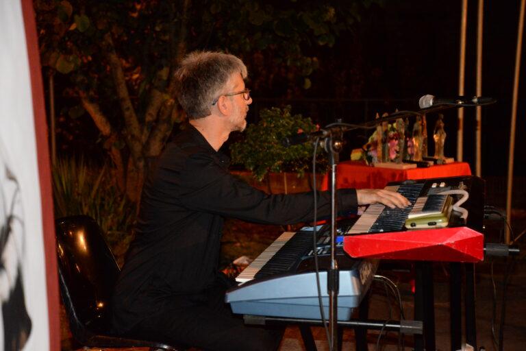 Intermezzo musicale del maestro Marco Agostinelli
